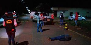 Homem é executado com cinco tiros após ser seguido por pistoleiros