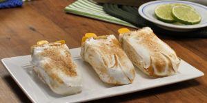 Torta de limão no palito leva poucos ingredientes