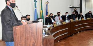 Câmara autoriza licença do Prefeito Aristeu para tratamento de saúde e o Vice Amadeu de Moura assume interinamente